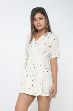 White polka dot wrap dress with gathered sleeve detail 30looks