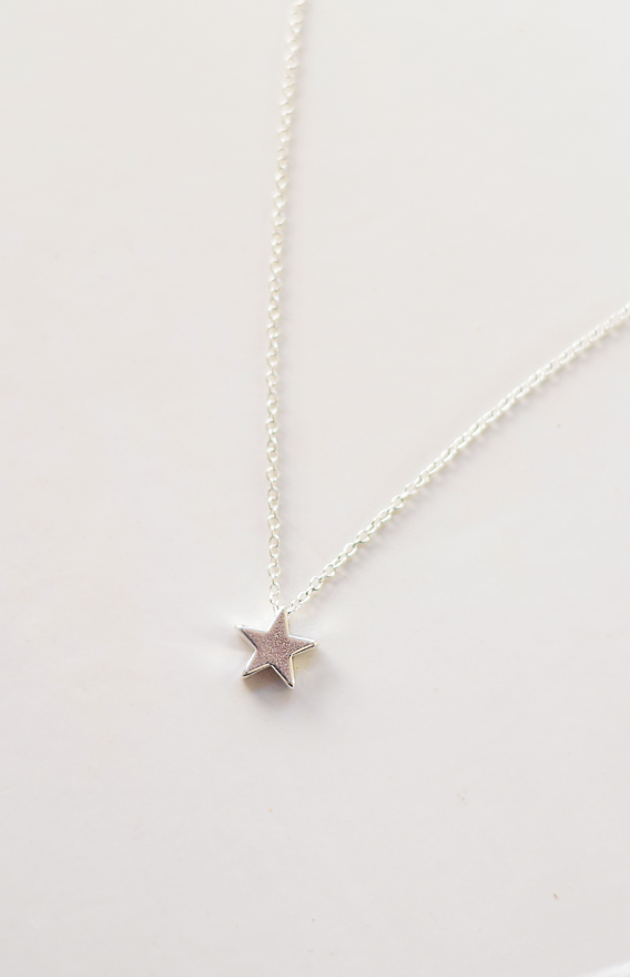 Stella Necklace in Silver